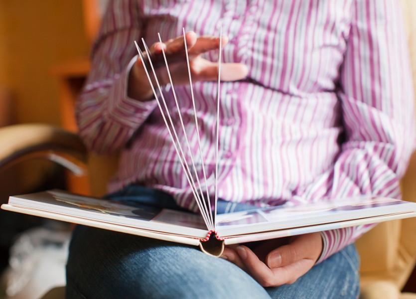Плотные, жесткие страницы